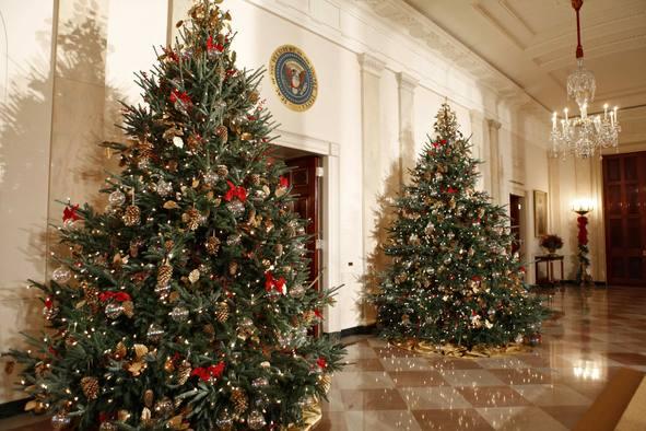 Camino oto al navidad en la casa blanca - Casas decoradas en navidad ...