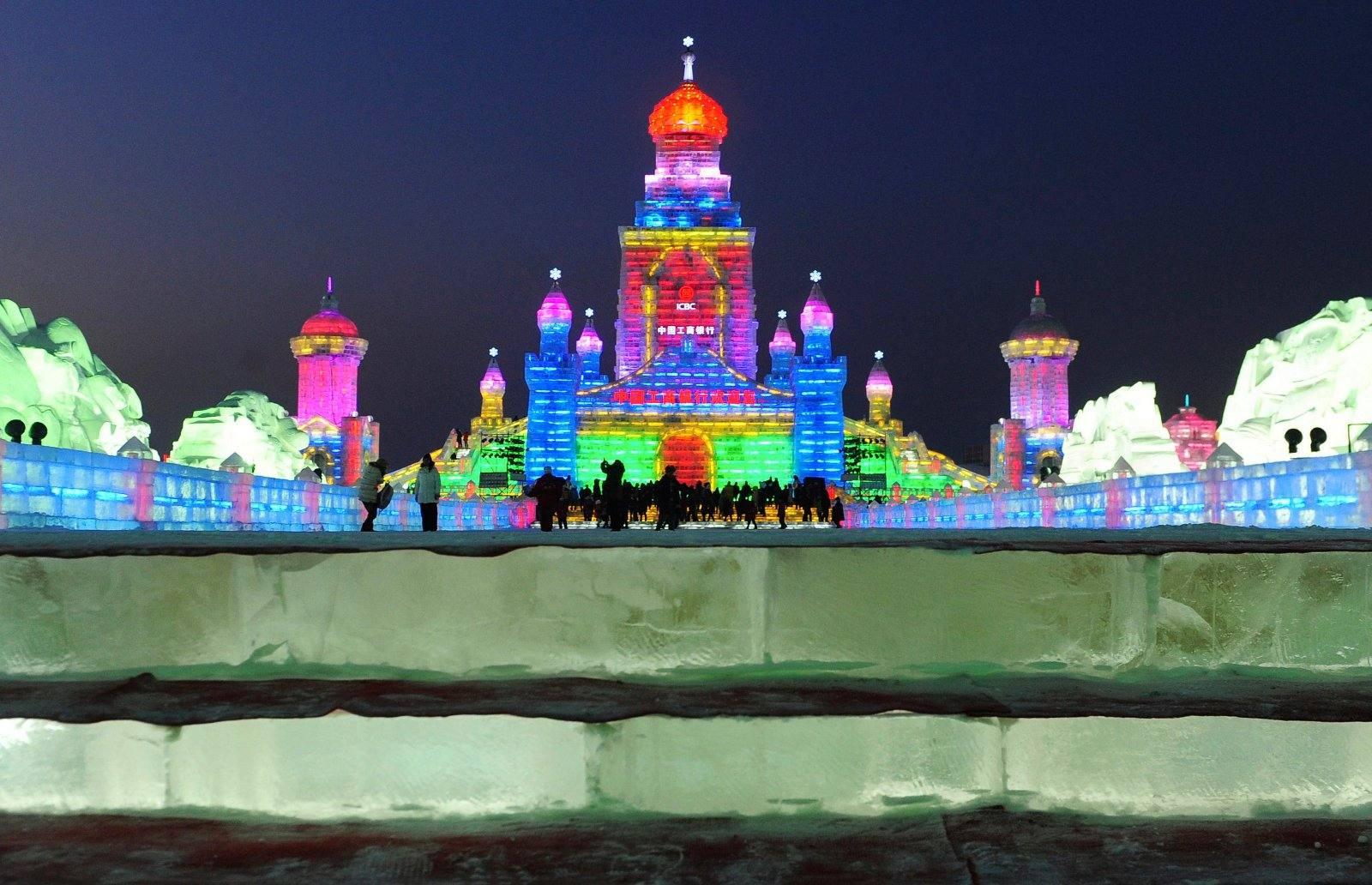 Las imágenes más impactantes del fetival de Hielo y Nieve de China 1325945307891