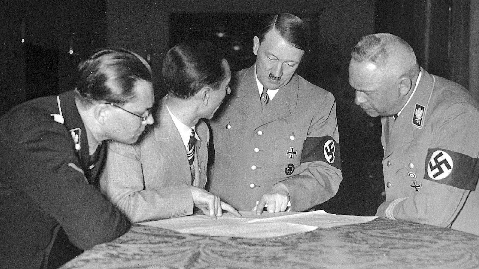 Ребенок Гитлера / Глобальный еврейский онлайн 77