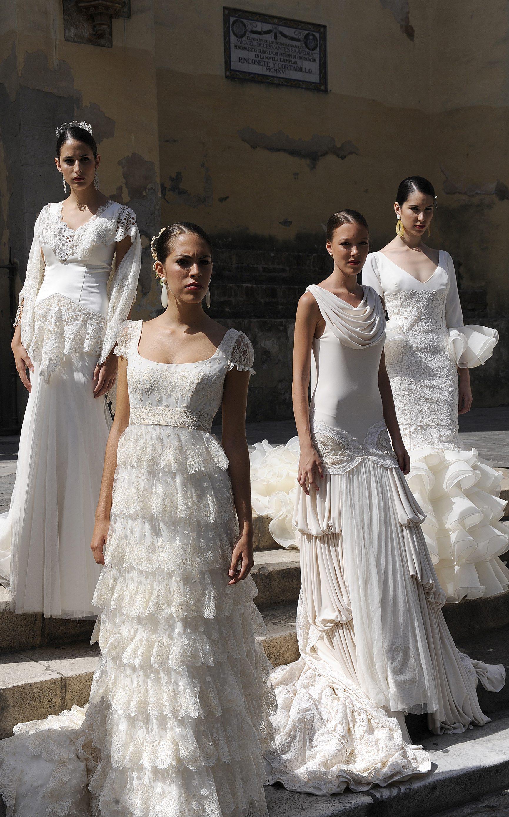 Desfile de trajes de novia de dise adores andaluces a las - Disenadores de sevilla ...