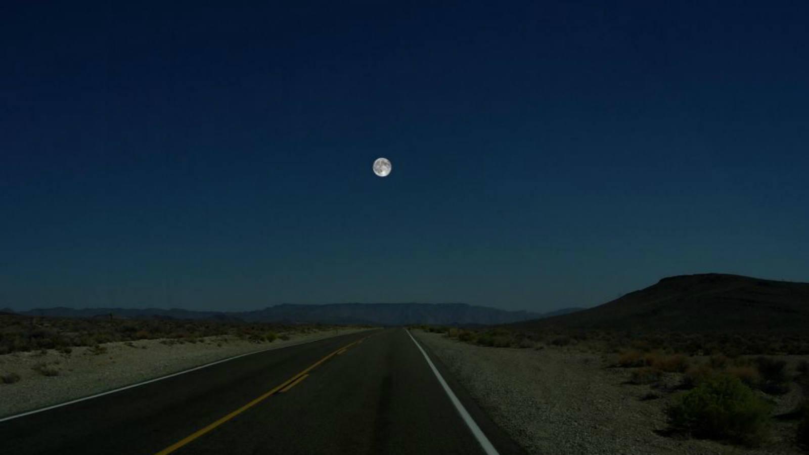 Ron Miller, ex director artístico de la Nasa, utilizó como base el Valle de la Muerte, en California