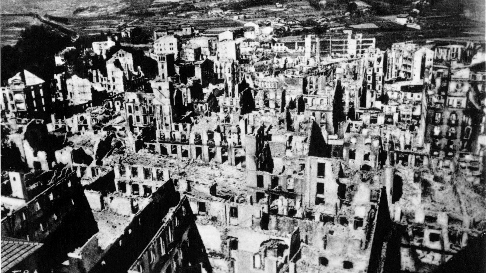 Resultado de imagen de bombardeo de guernica
